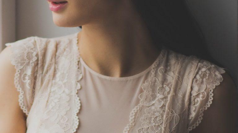 Modele sukienek koronkowych