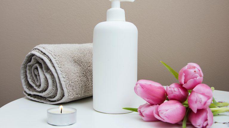 Regenerowanie skóry po zabiegach kosmetologicznych dzięki stosowaniu kosmetyków nawilżających