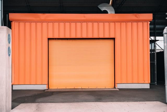 Brama garażowa segmentowa – jaki otwór?
